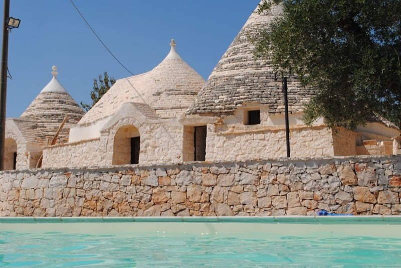 Trulli-e-Grotte-Esclusive-House-with-pool